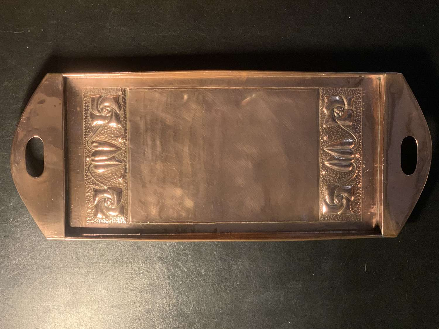 Arts & Crafts / Art Nouveau Scottish school copper tray c.1900.