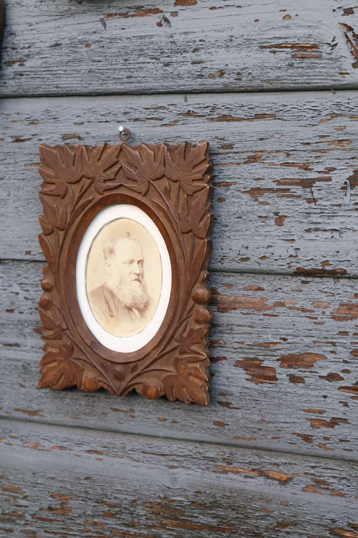 Arts & Crafts / Art Nouveau floral ceramic photograph frame.