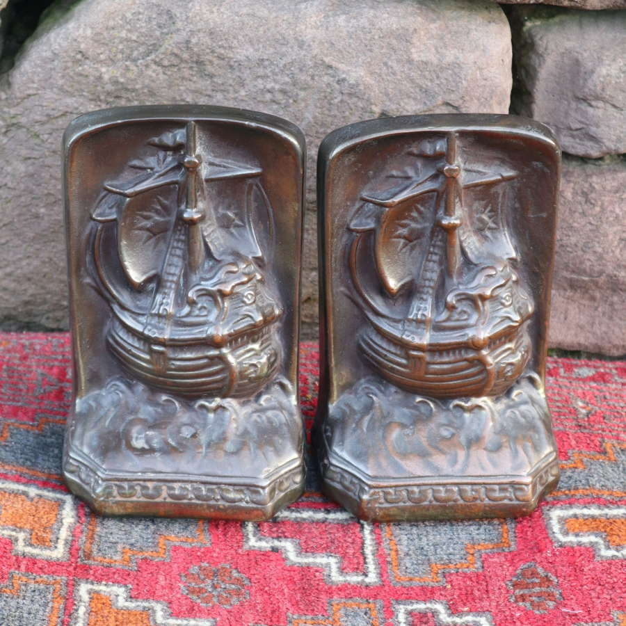 Arts & Crafts, galleons / sailing ships brass bookends c.1910.
