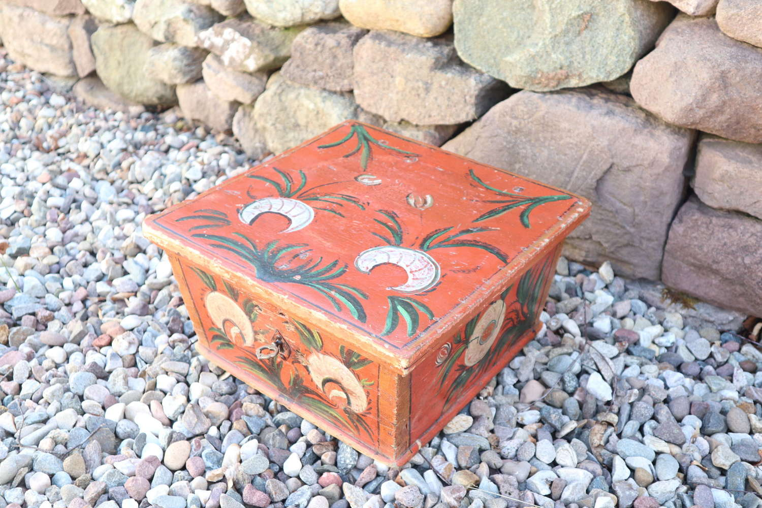 Scandinavian / Swedish folk art marriage/dowry box 1827, Jämtland.
