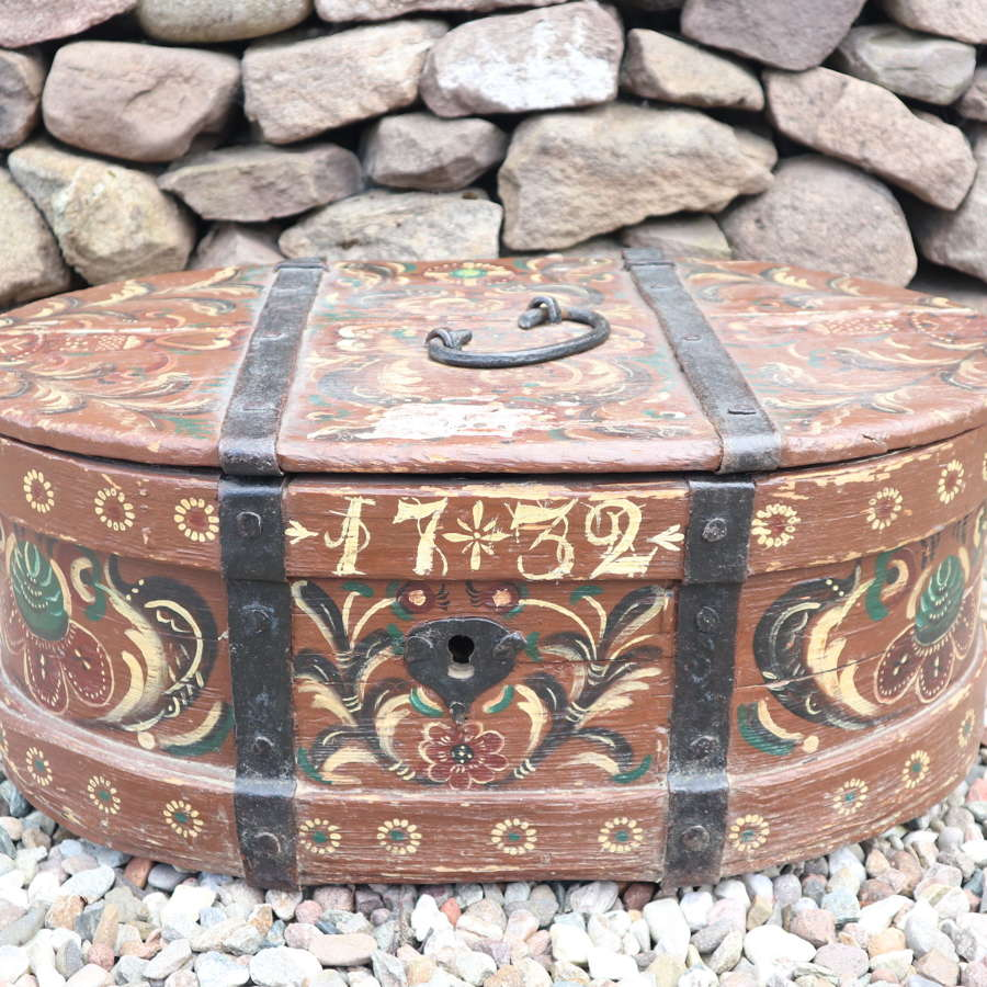 Scandinavian / Swedish Folk Art large oval travelling chest, 1732.