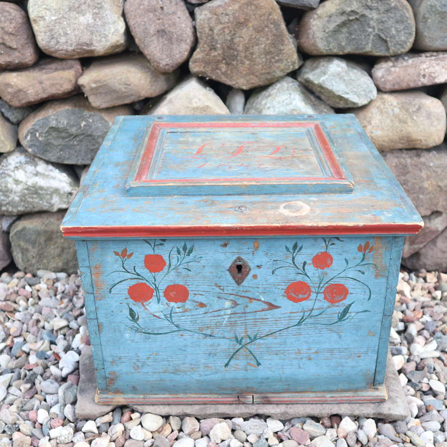 Swedish 'folk art' original blue paint box Hälsingland region, 1847.