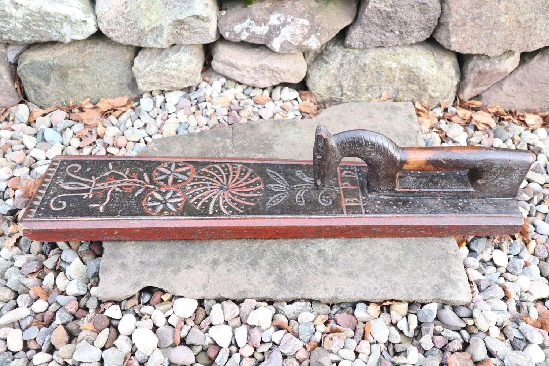 Danish 'Folk Art' Horse handle mangle board, chip carved BPD c.1820