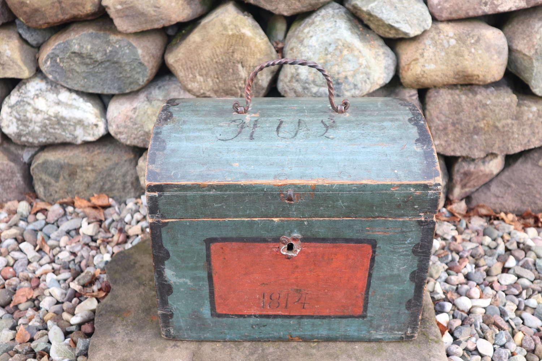 Swedish 'Folk Art' Small blue-black Hälsingland, table chest box 1814