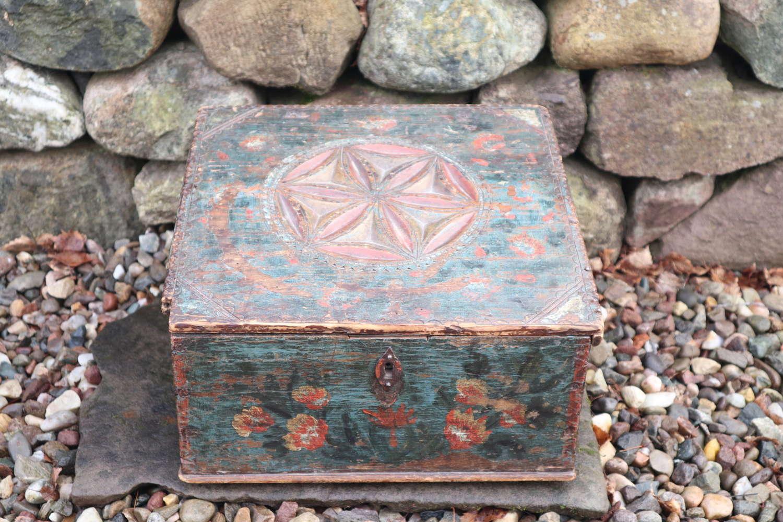 Swedish 'Folk Art' Writing slope box, chip carving & rosmålning 1803