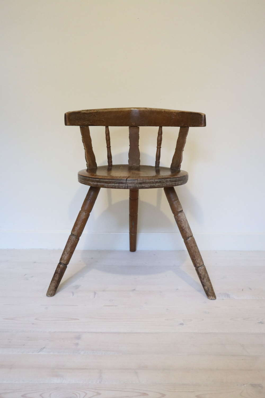 Swedish 'Folk Art' Blekinge chair, three-legged & circular seat c.1850