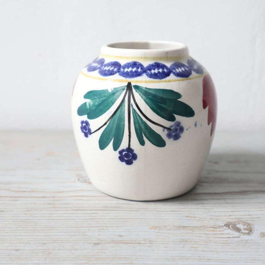 Late 19th / 20th  Century Scottish Methvens Pottery spongeware vase